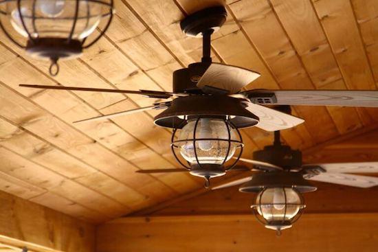 ventilador de techo inclinado